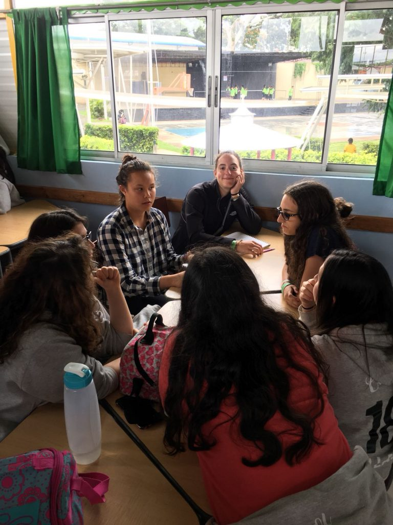 High school immersion participants talk with Costa Rican students